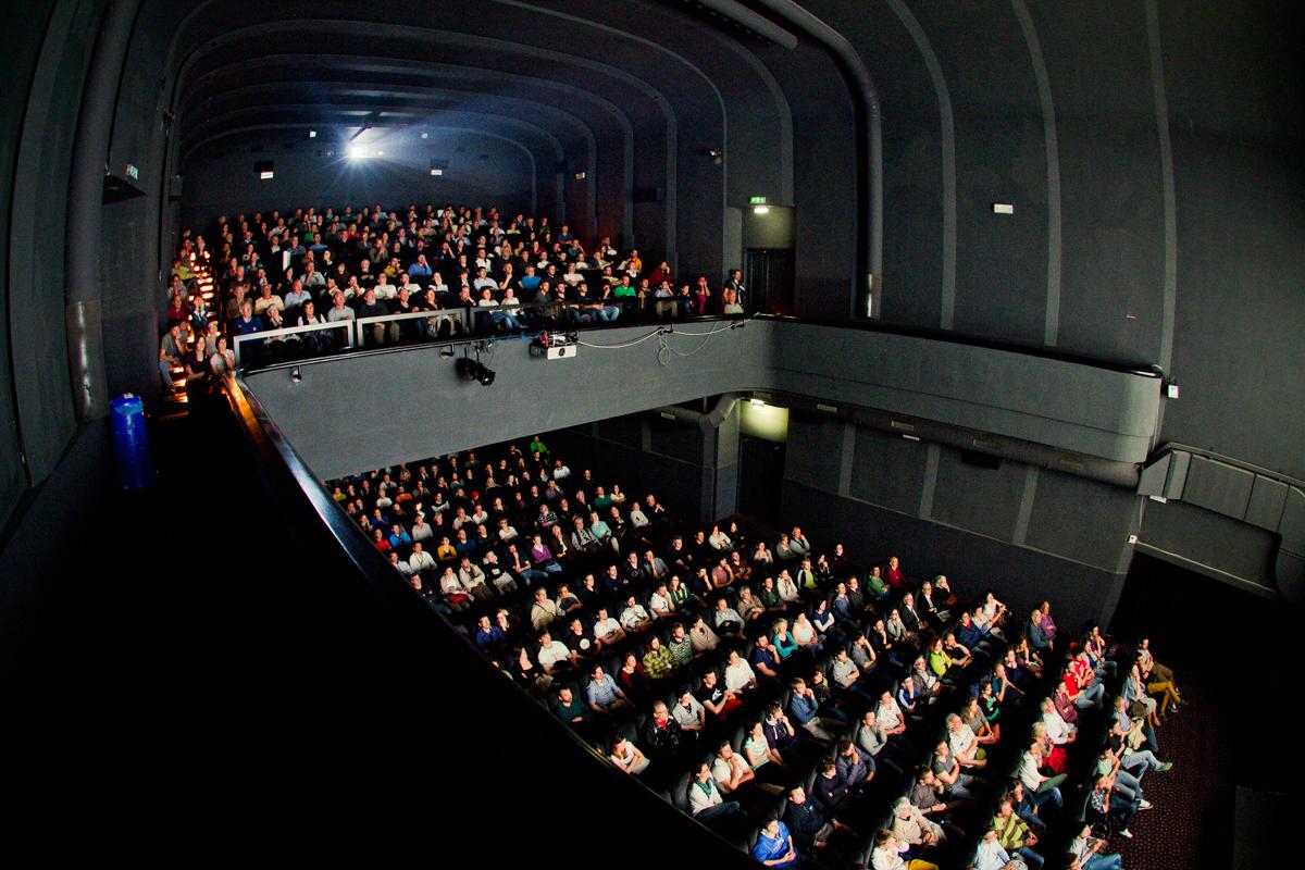 Cinema trento vittoria orari wildgroei film for Orari apertura negozi trento